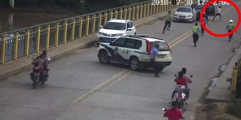 上思男子无证驾驶还毒驾 最终难逃法网