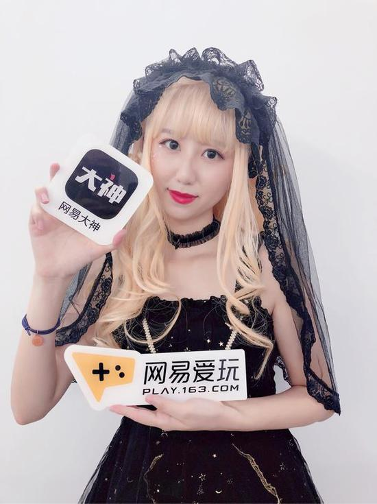 网易大神X爱玩网带你逛CJ!网易展台现场送大礼!