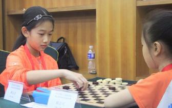 兵与王棋 黑白之战 省运会国际跳棋比赛落幕