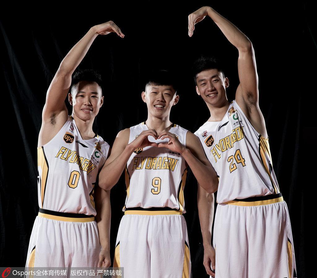 李群:篮球培训应系统化规范化 市场呼唤高水平教练