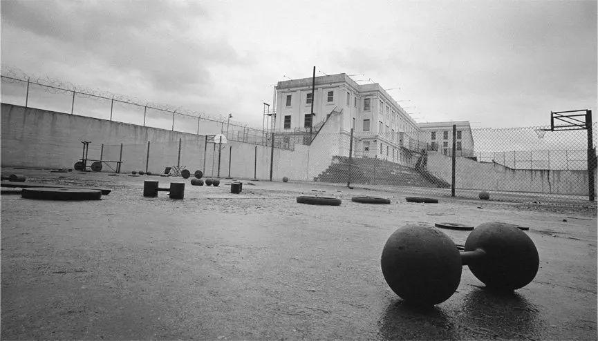 美国恐怖监狱:没有一个大佬,能活着逃出恶魔岛
