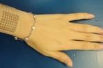 清华大学研发出可测人体信号的电子皮肤