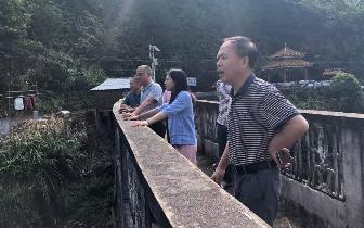 冯红云突击检查县域部分电站的安全隐患