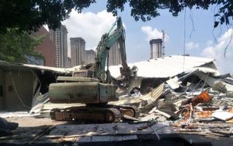 高新区拆除18座违建铁皮房 面积约28400平方米