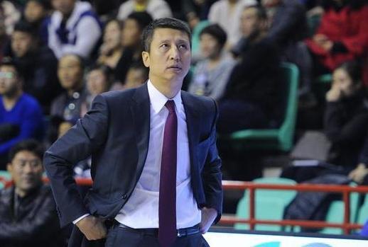 小篮球联赛东北大区开营 郭士强盼更多青少年参与