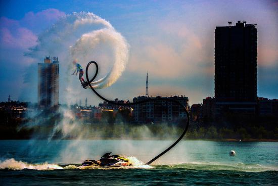 2018年中国丹江口摩托艇俱乐部大奖赛顺利收官