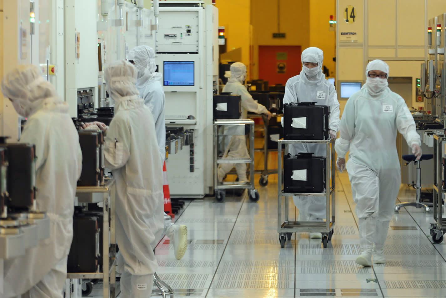 中芯国际:贸易纠纷影响有限 14nm工艺获重大进展