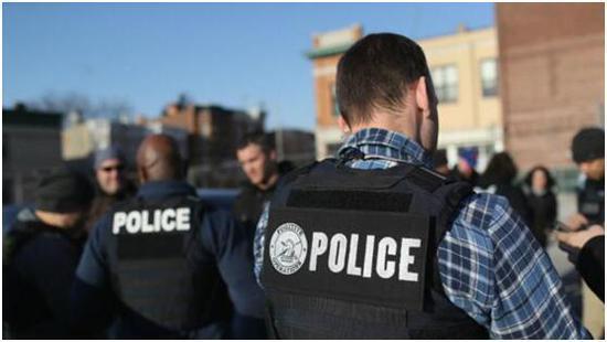美国土安全部: 去年超60万游客签证逾期仍滞留