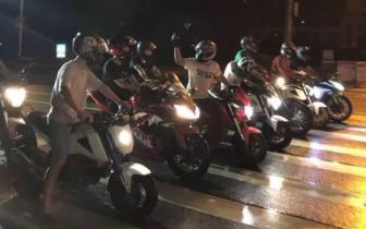深夜11点南昌街头80名警察秘密出动 多人现场被抓