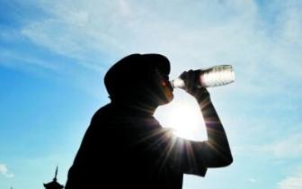 高温少雨天气致江西7.75万人饮水困难