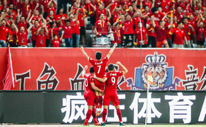 武磊里程碑进球 上港2-0申花仍第三