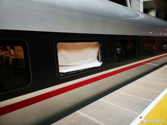 京沪高铁遭彩钢板撞击发生故障现已解除恢复运行