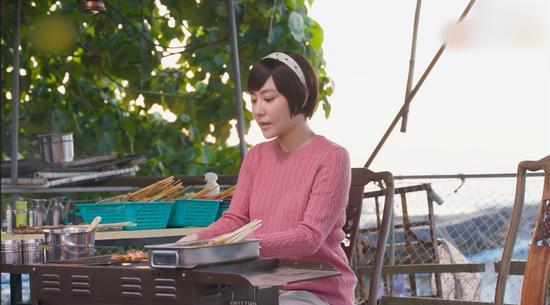 《流星花园》杉菜妈妈张莉巧用新媒体开网红店