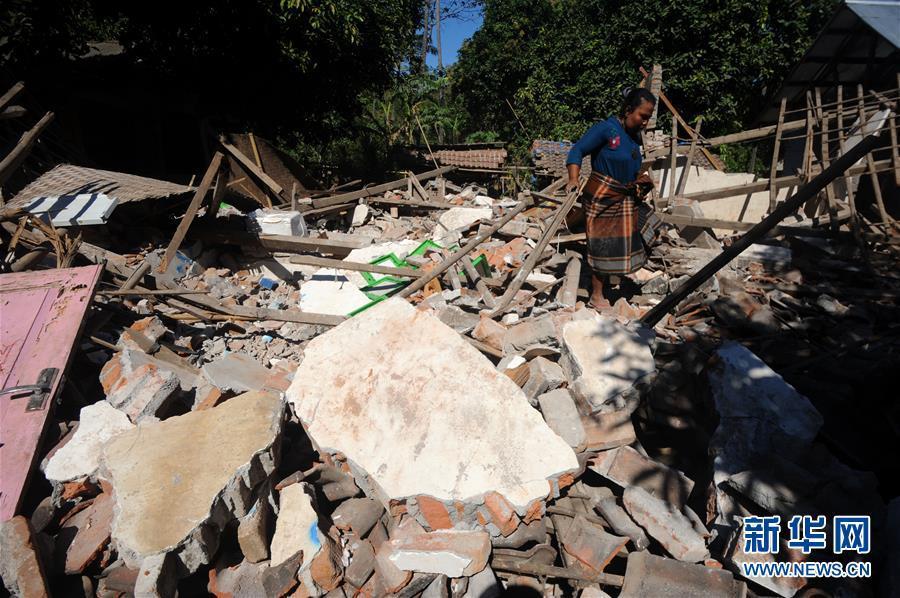 """地震""""移动""""龙目岛四分之一米 已致387人丧生"""