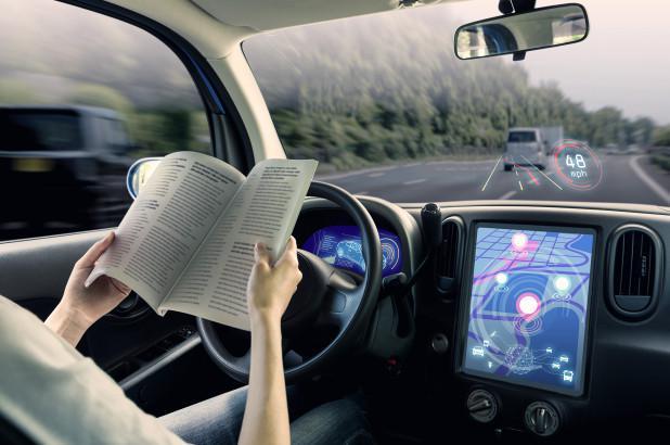 宝马董事会成员:无人工监管自动驾驶车不应上路