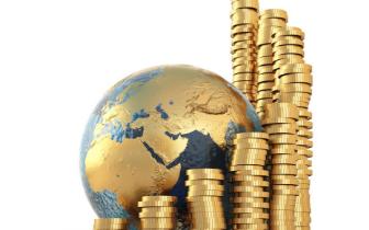 易炼红:抓金融促发展 防风险保稳定