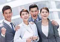 人民日报青年观:用无私奉献回馈信任与期待