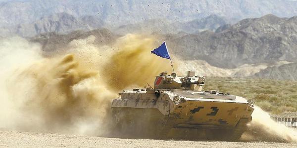 解放军参加国际军事比赛掠影