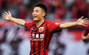 中超-武磊2球 上港3-1富力两连胜