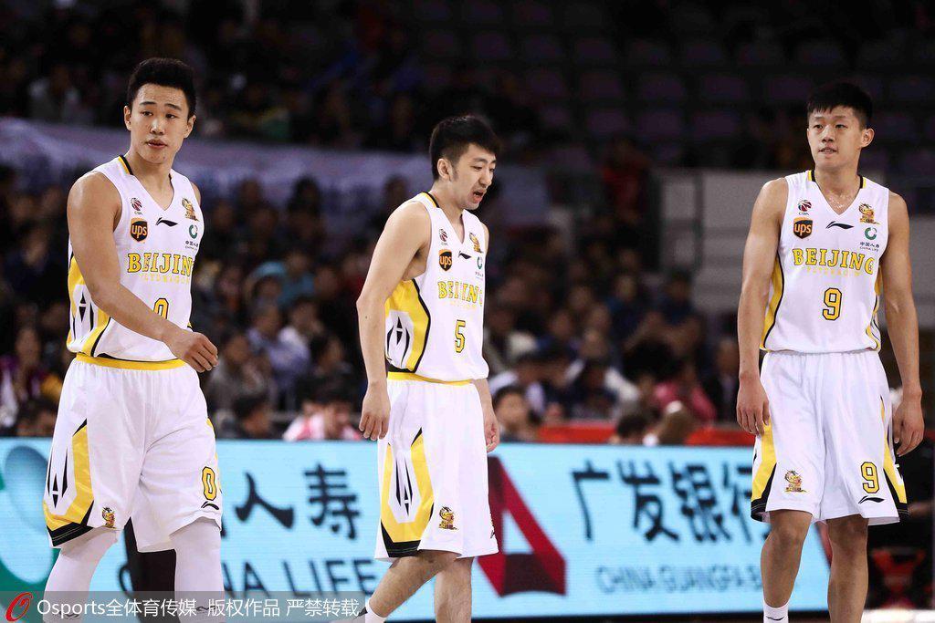 贺希宁(左)和许梦君(右)均出身深圳青训系统