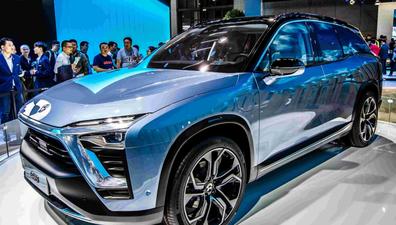 在中国造电动车还要学拼多多?