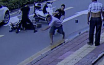 深圳男子带5岁幼儿偷电动车电池 遇警察弃娃就逃