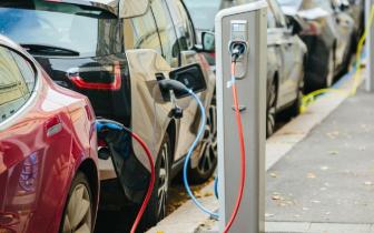 报告:公共事业企业将拥有大部分EV充电站份额