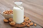稍微过期的牛奶护肤效果会更好?