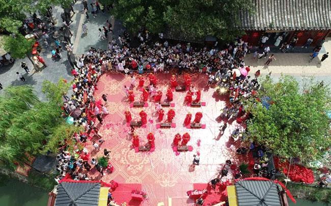 清明上河园首届七夕文化节之大宋盛世婚礼圆满举办