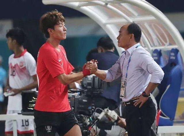 怕了吗?韩主帅面色凝重看完中国U23队比赛
