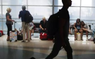 美空警被曝秘密监控普通公民:具体到出汗、上厕所