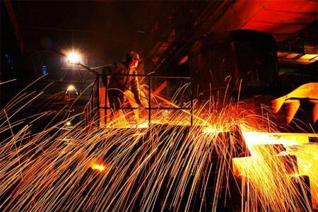 国内钢价涨幅扩大 铁矿石市场涨跌不一
