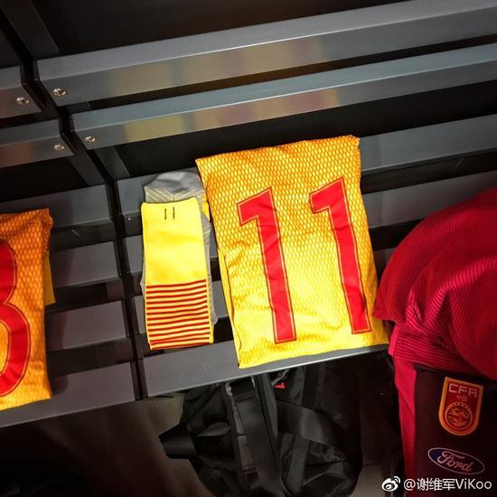 狂奔80米爆4人,演2外道式超车,中国留洋第1人生出最暴烈190巨兽