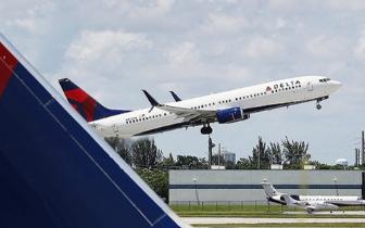 尴尬!美国一航班因马桶损坏返航 飞行时间超7小时