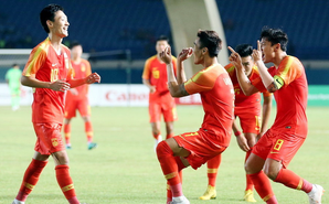亚运-U23国足2-1小组第一晋级