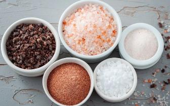 同样是盐,凭什么高档盐一小罐就能卖到800块?