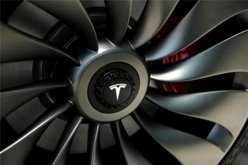 马斯克:三年内推出2.5万美金更廉价特斯拉汽车