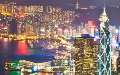 """香港楼市风雨欲来?""""先知先觉""""的买家开始撤了"""