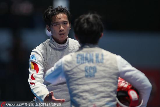 亚运男子花剑个人黄梦恺逆转夺冠 中国香港亚军