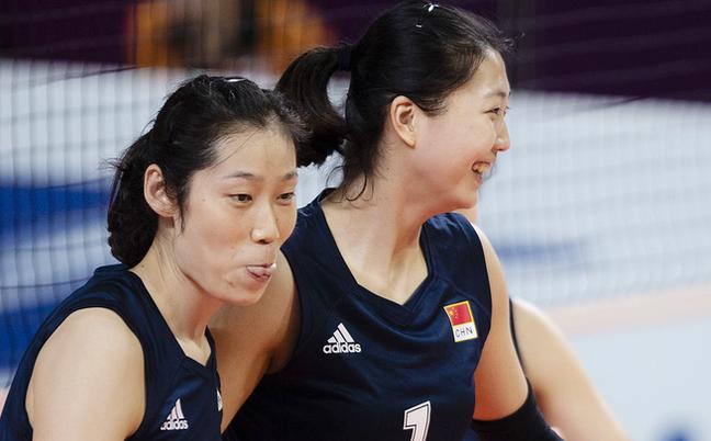 亚运-朱婷领衔女排3-0中国台北
