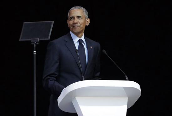跟美国总统读书:奥巴马和特朗普的夏季阅读清单