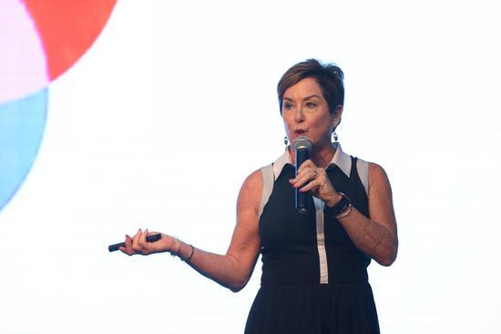 上图为:TCM国际市场副总裁  Kimberly Bernard