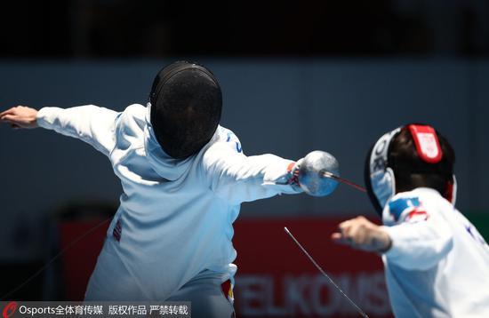 亚运会男子重剑团体中国憾负摘银 日本斩获金牌