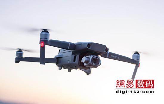 """哈苏镜头加持 大疆""""御""""Mavic 2系列无人机发布"""
