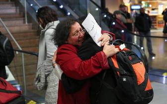 在美中国留学生OPT期间回国 忧无法再入境