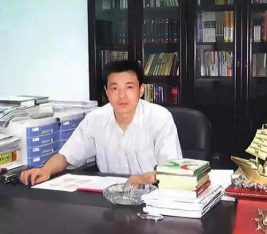 柳林首富陈鸿志黑色帝国:控制官员 暴力侵占煤矿