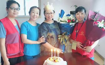 南昌一对姐妹十余年献血近百次