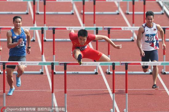 110米栏预赛中国两将晋级 刘翔师弟赛季个人最佳
