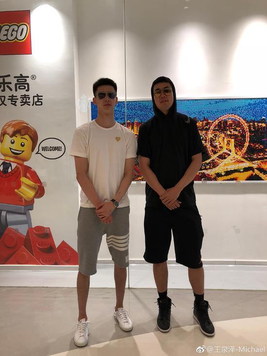 郭昊文与U18国青内线核心王泉泽