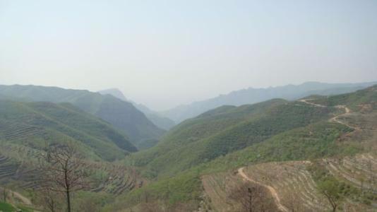 17名天津驴友被困深山 不到5个小时被救脱险